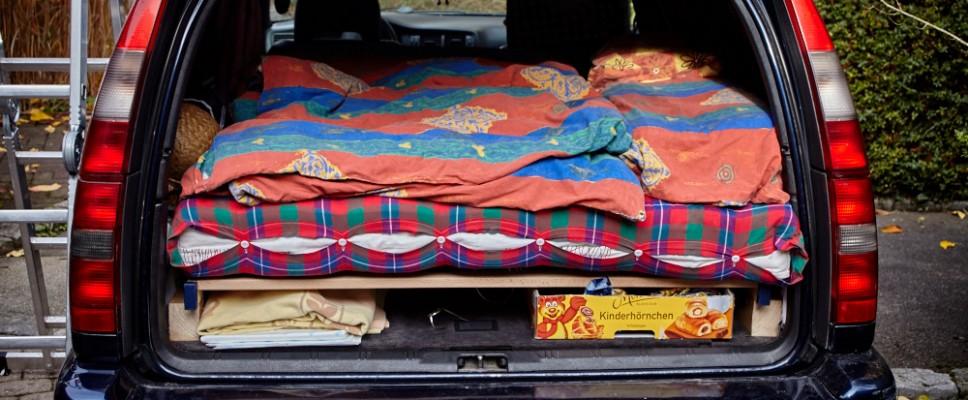 Ein Bett im Volvo