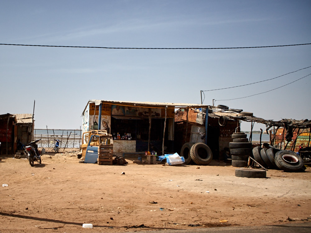 Autowerkstatt im Senegal